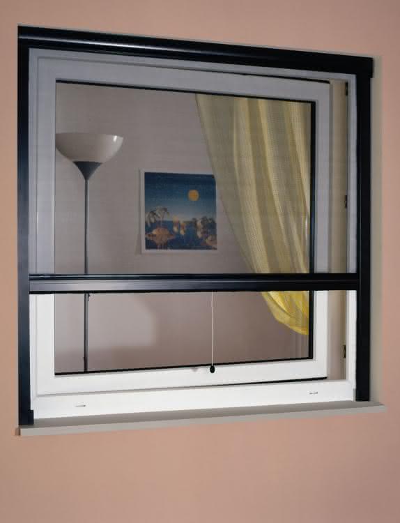moskitiera-okienna-rolowana.jpg