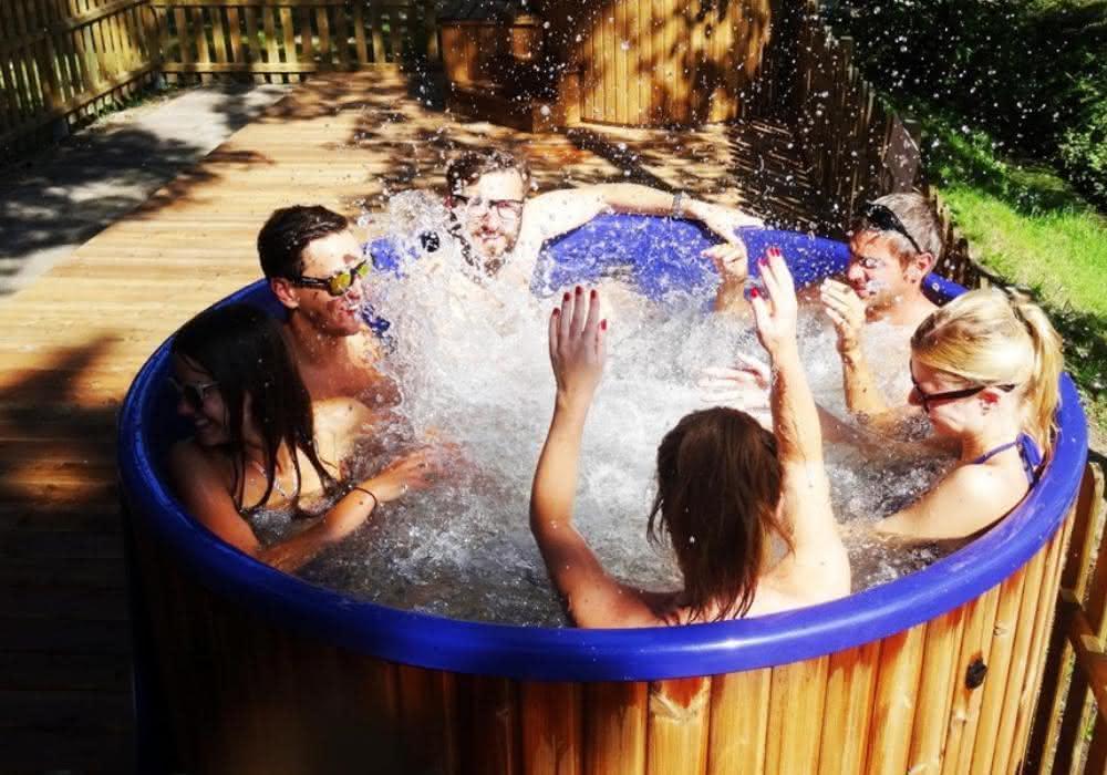 sauna-balia-ogorowe-spa-jacuzzi (1).jpg