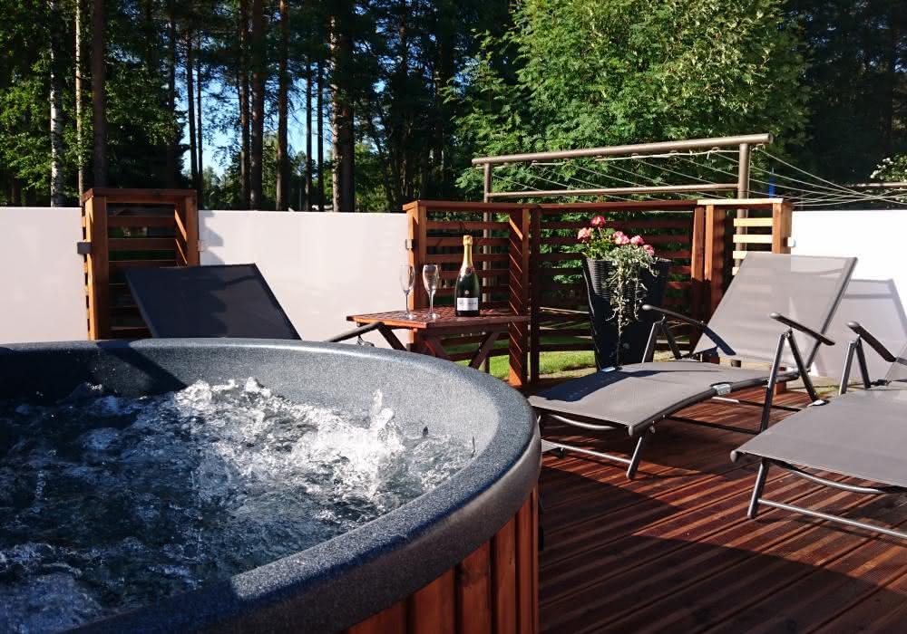 sauna-balia-ogorowe-spa-jacuzzi (6).jpg