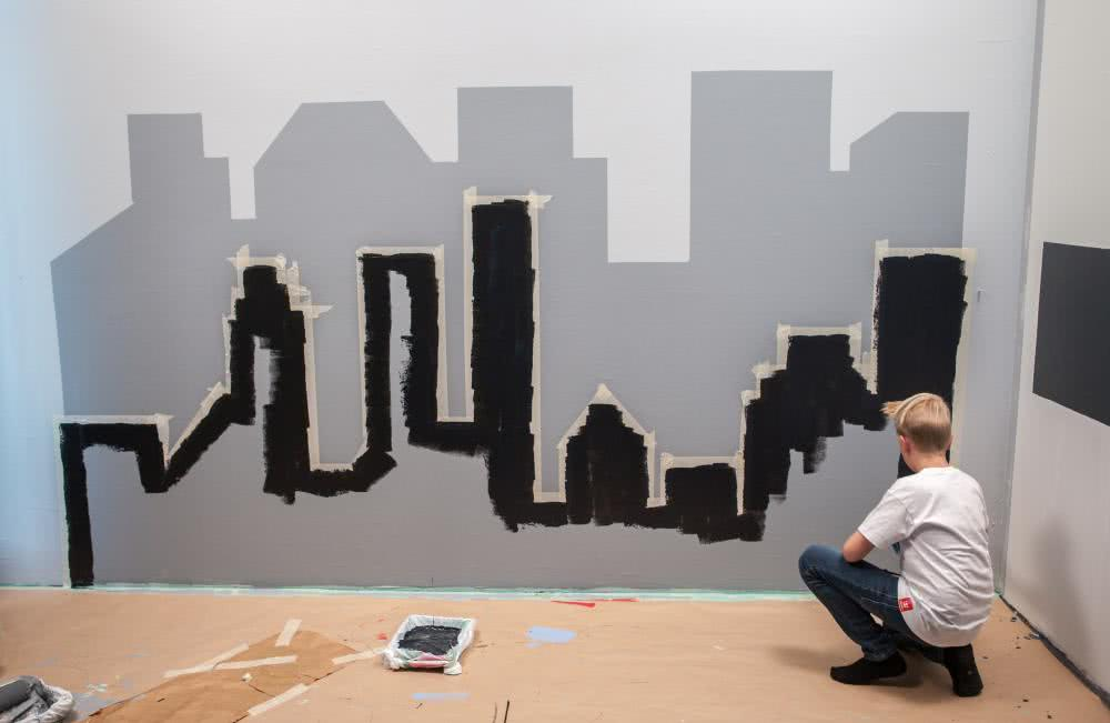 Metropolia_krok 7_malowanie mniejszych budynkow.jpg
