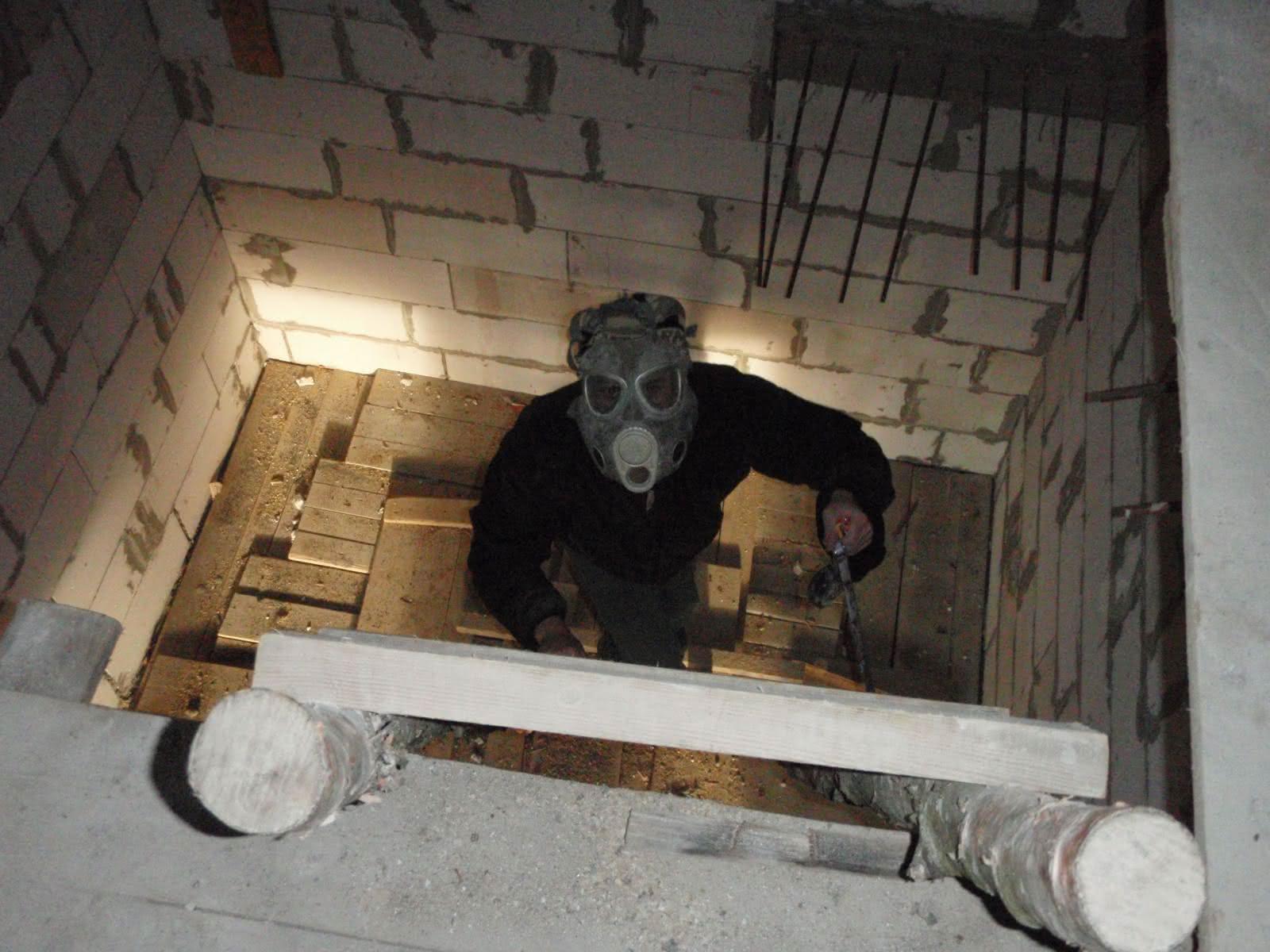 a to stosowna maska, zeby pyłków z wełny nie wdychać ;) hihi