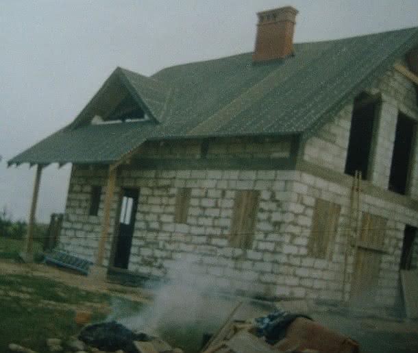 220 DSC00836 opapowany dach najpiękniejszy komin we wsi.JPG
