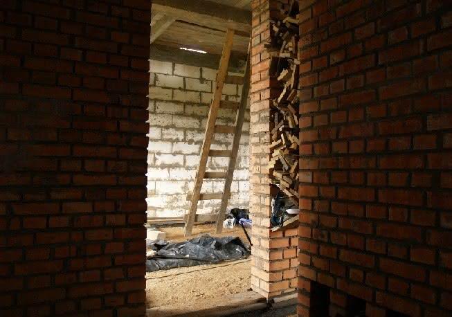 221 P1011548 wiecha hall przed chudziakiem.JPG