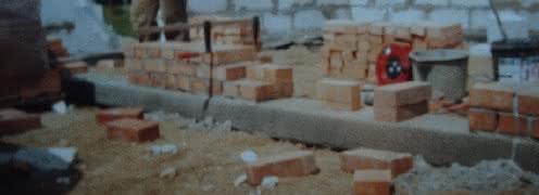026 DSC00901 mury cegły.JPG