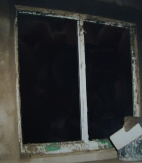 240 DSC00864 tynkowanie moje pierwsze okno .JPG