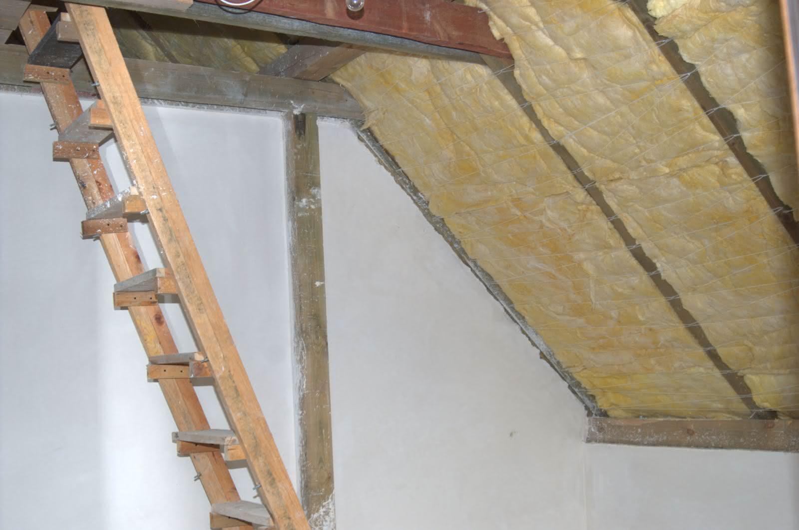 pokój ocieplony wełną - (i kawałek schodów tymczasowych na s