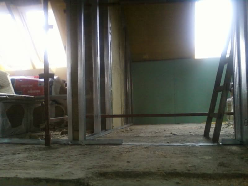 Powstają ściany na poddaszu :)