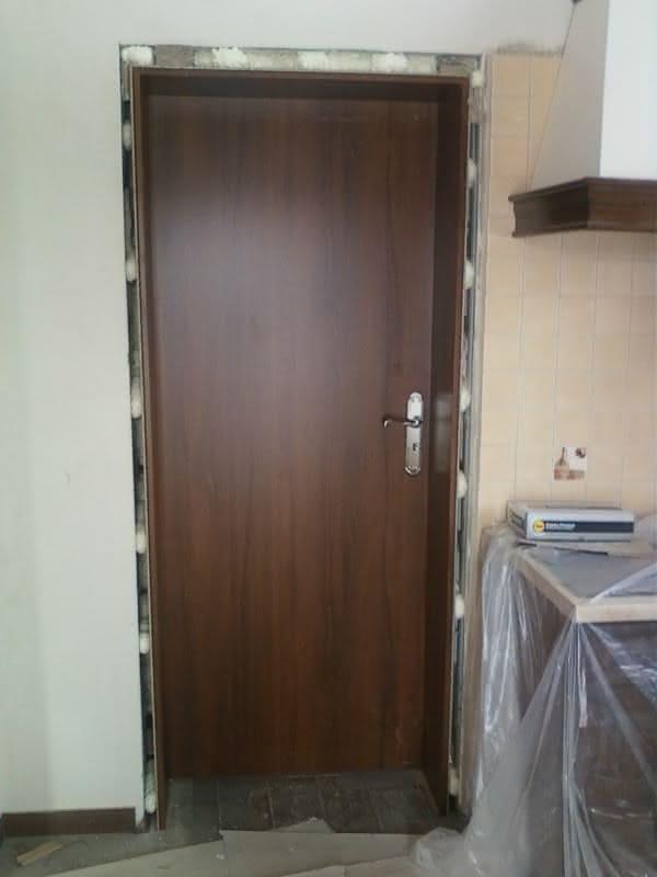 Pierwsze drzwi
