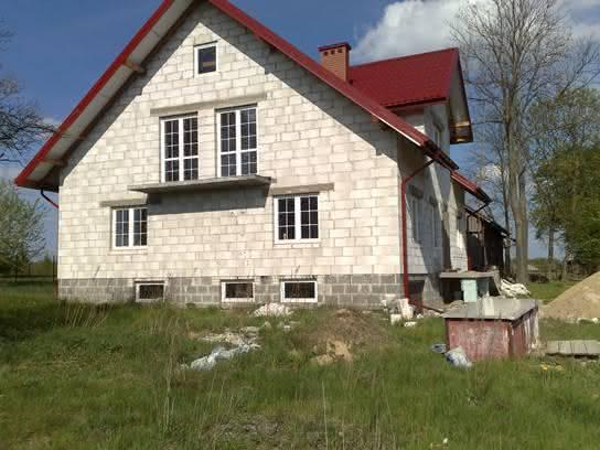 Mój domek :) Dom przy miodowej odbicie lustrzane.