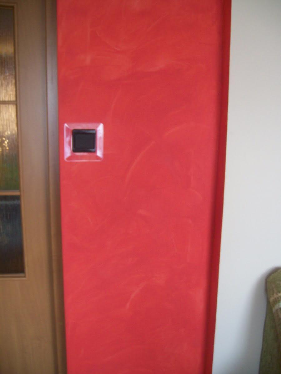 Taki tam kawałek krwistoczerwonej ściany