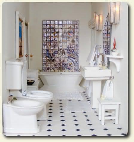 2010-02-miniature-art-deco-dollhouse-bathroom.jpg