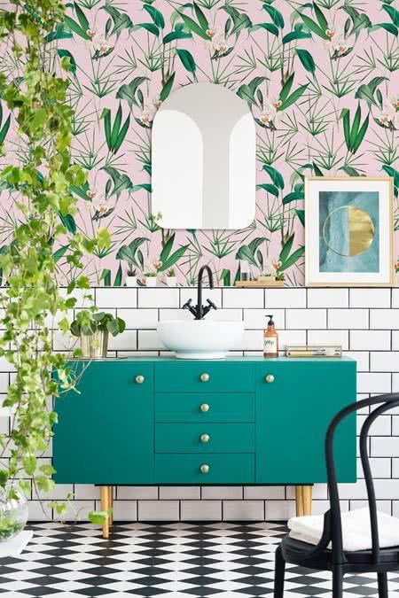 mindthegap-palm-springs-wallpaper-tropic
