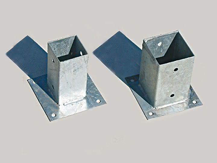 podstawka-metalowa-slupkow-beton.jpg