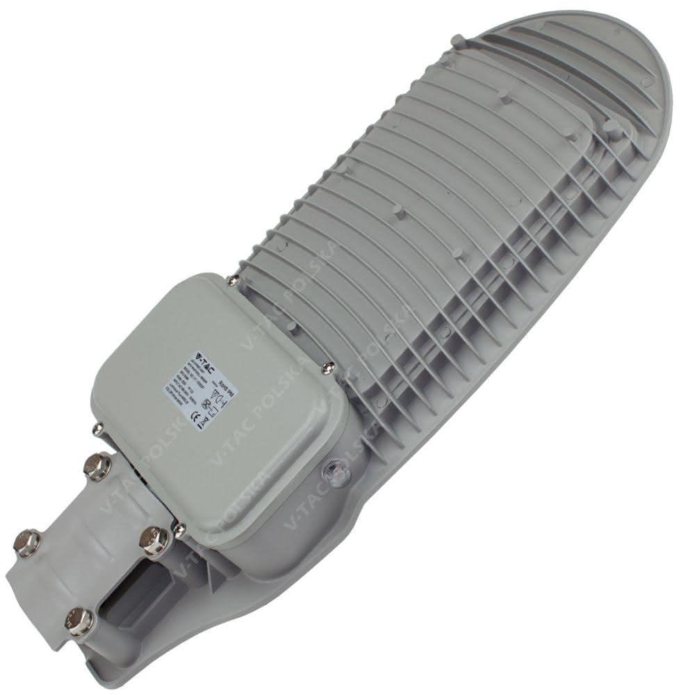 pol_pl_Lampa-uliczna-LED-50W-4000-lm-z-c